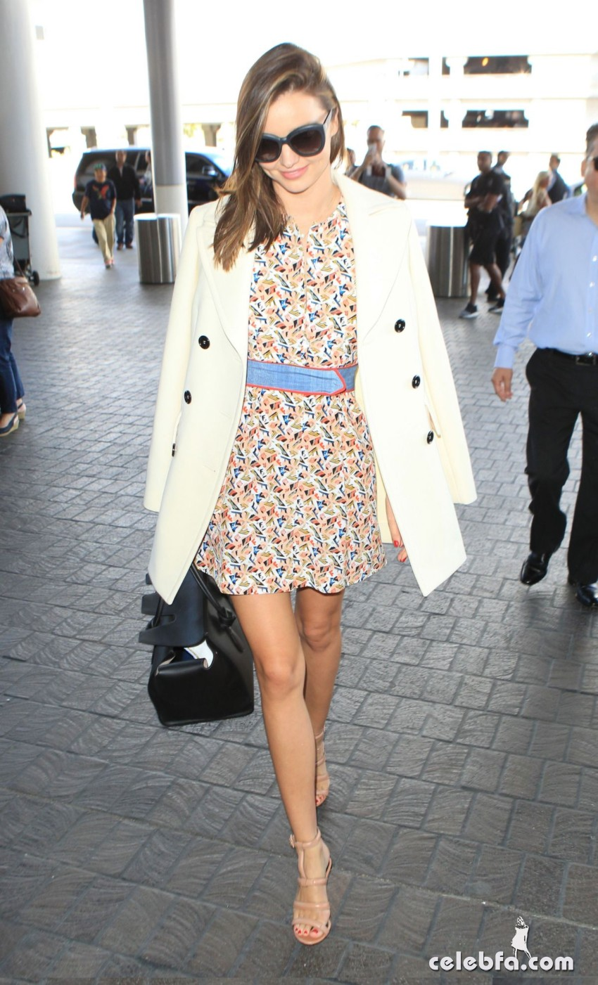 miranda-kerr-at-los-angeles-international-airport (5)