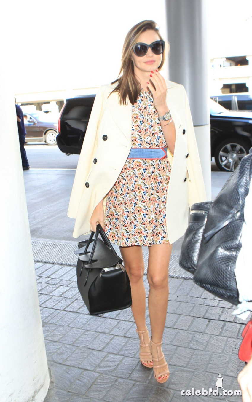 miranda-kerr-at-los-angeles-international-airport (7)