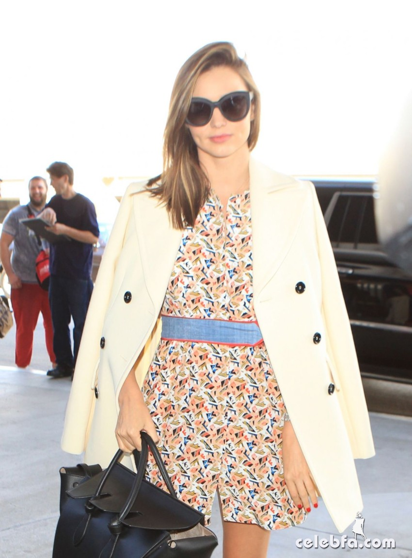 miranda-kerr-at-los-angeles-international-airport (9)