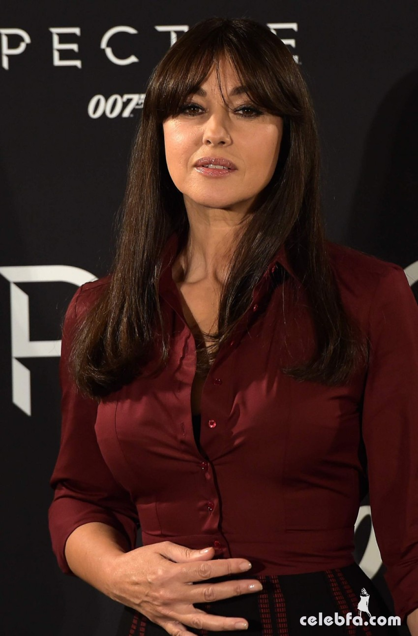 monica-bellucci-at-spectre-photocall-in-rome (1)