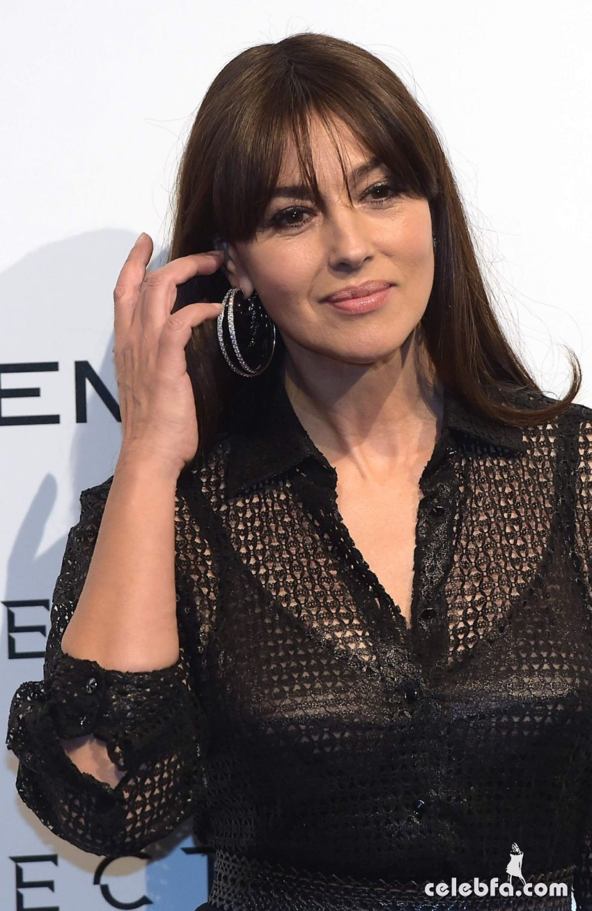 monica-bellucci-at-spectre-photocall-in-rome (10)