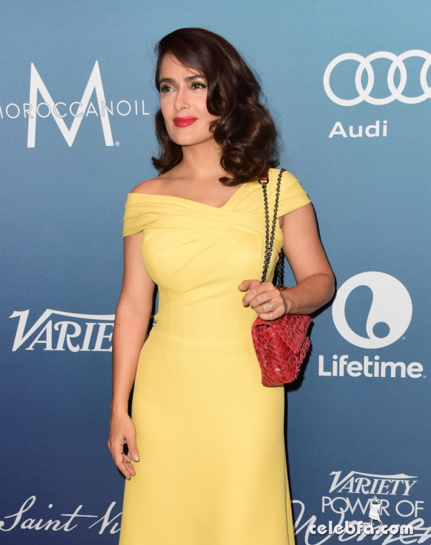 salma-hayek-at-power-of-women-luncheon-in-beverly-hills (8)