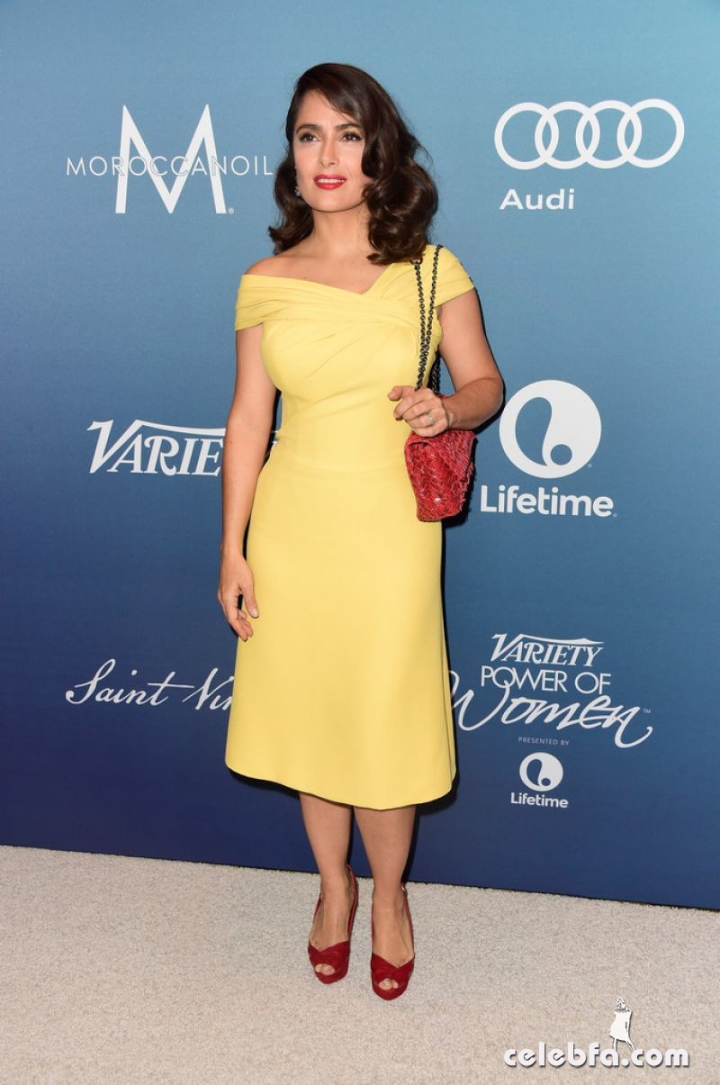 salma-hayek-at-power-of-women-luncheon-in-beverly-hills (9)