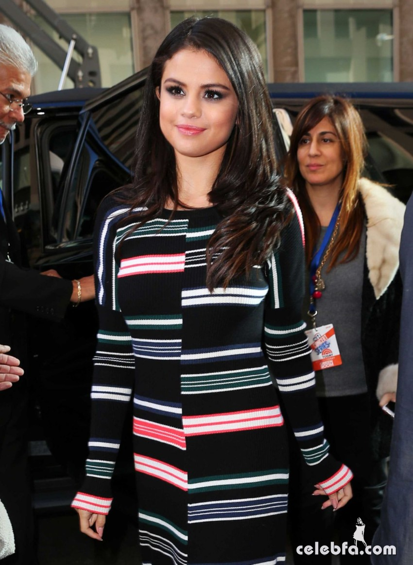 selena-gomez-arrives-at-siriusxm-studios-in-new-york (1)