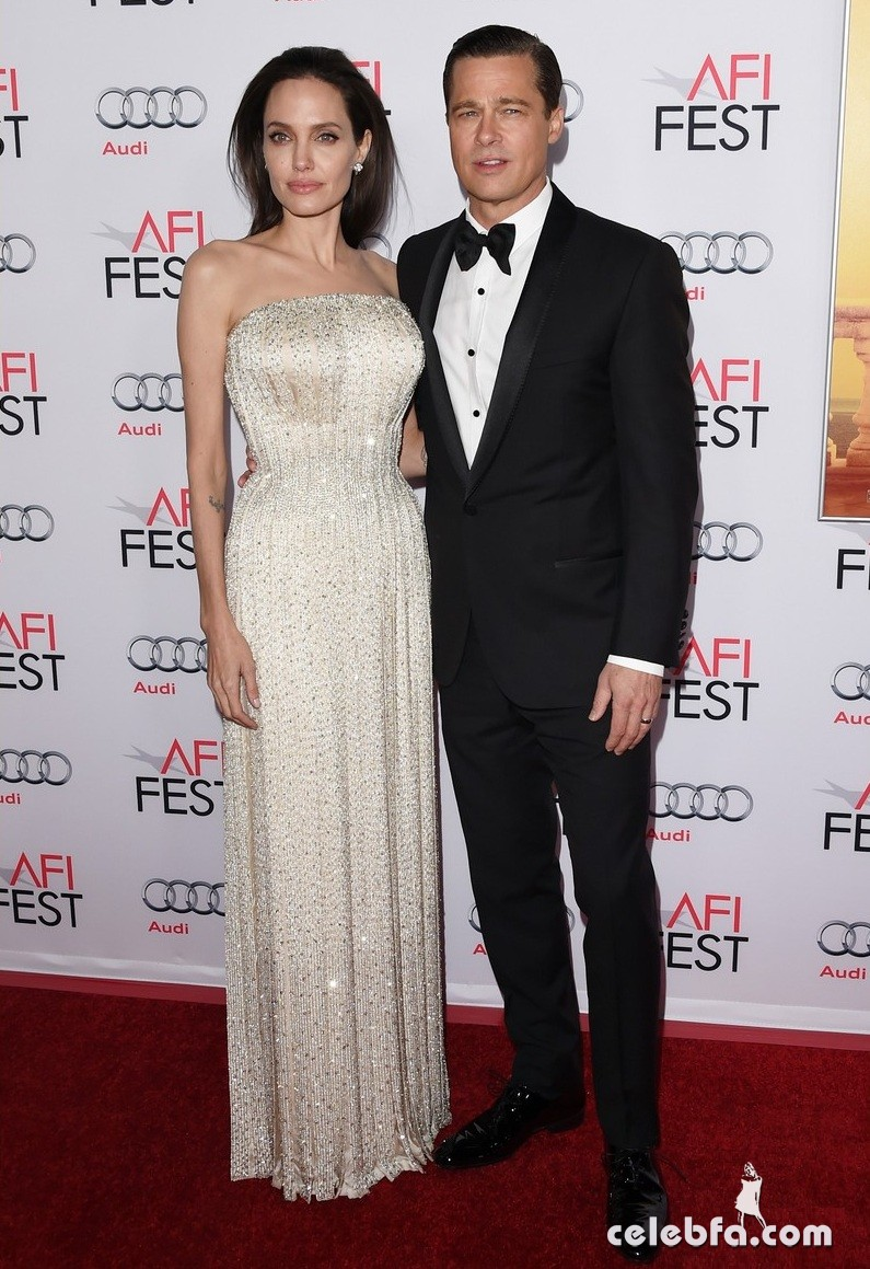 angelina-jolie-brad-pitt-by-the-sea-la-premiere (1)