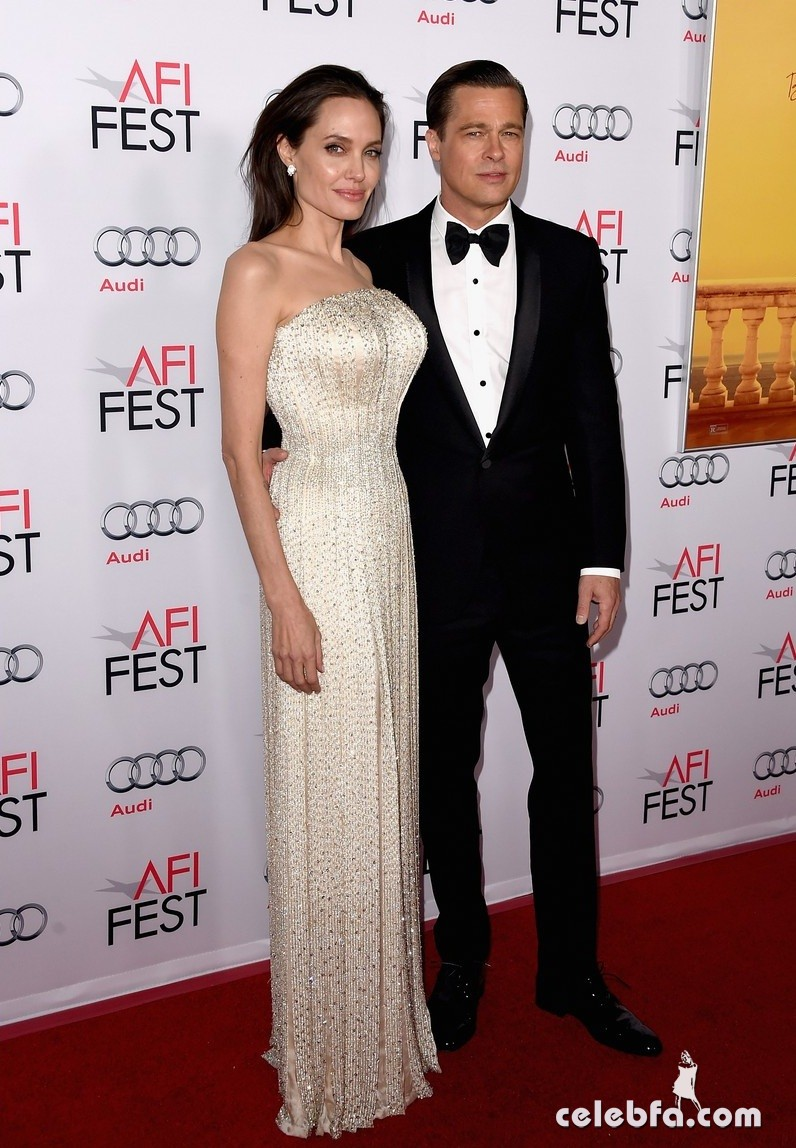angelina-jolie-brad-pitt-by-the-sea-la-premiere (7)