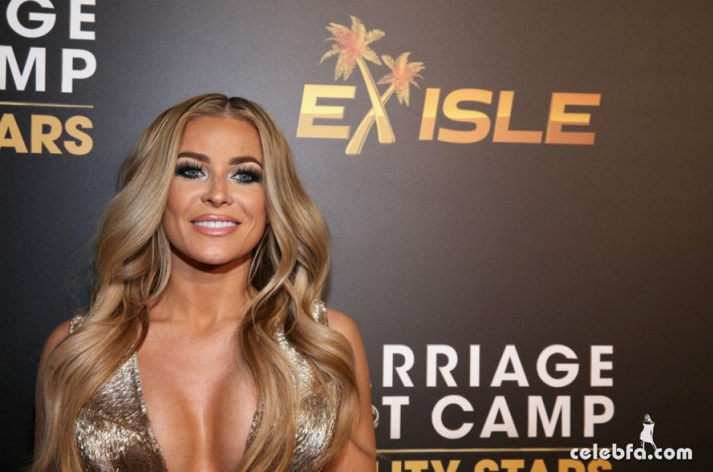 carmen-electra-at-marriage-boot-camp-reality-stars-and-ex-isled-premiere-in-los-angeles (4)