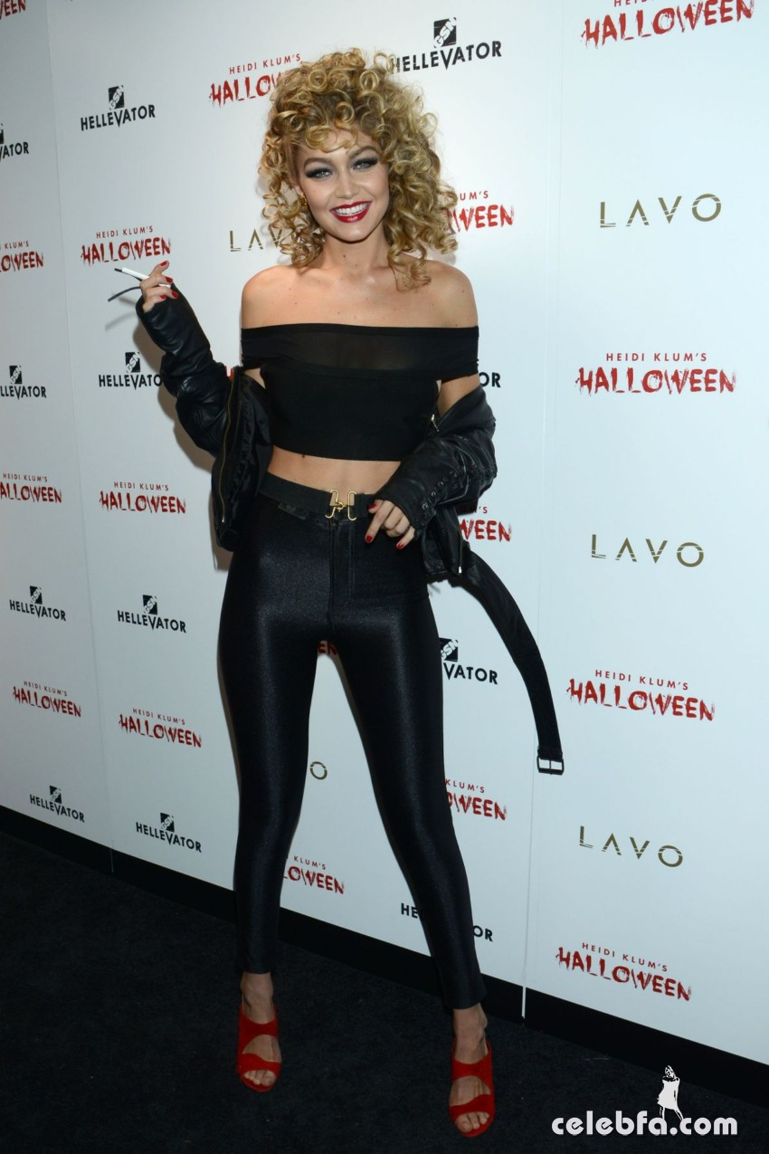 gigi-hadid-at-heidi-klum-halloween-party-in-new-york (9)