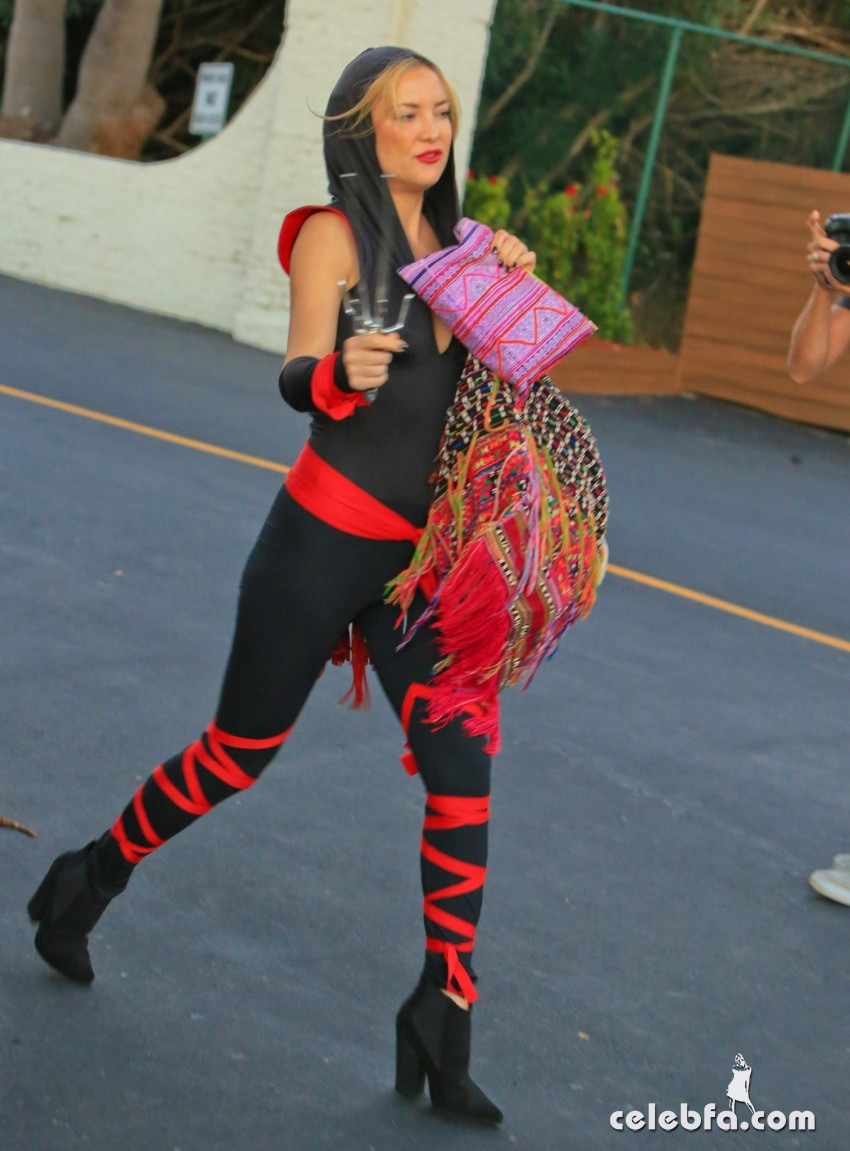 kate-hudson-arrives-at-a-halloween-party-in-malibu (3)