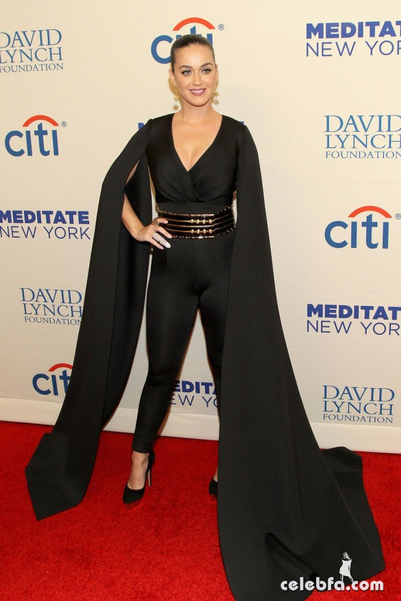 katy-perry-at-change-begins-within-a-david-lynch-foundation-benefit-concert-in-new-york (1)