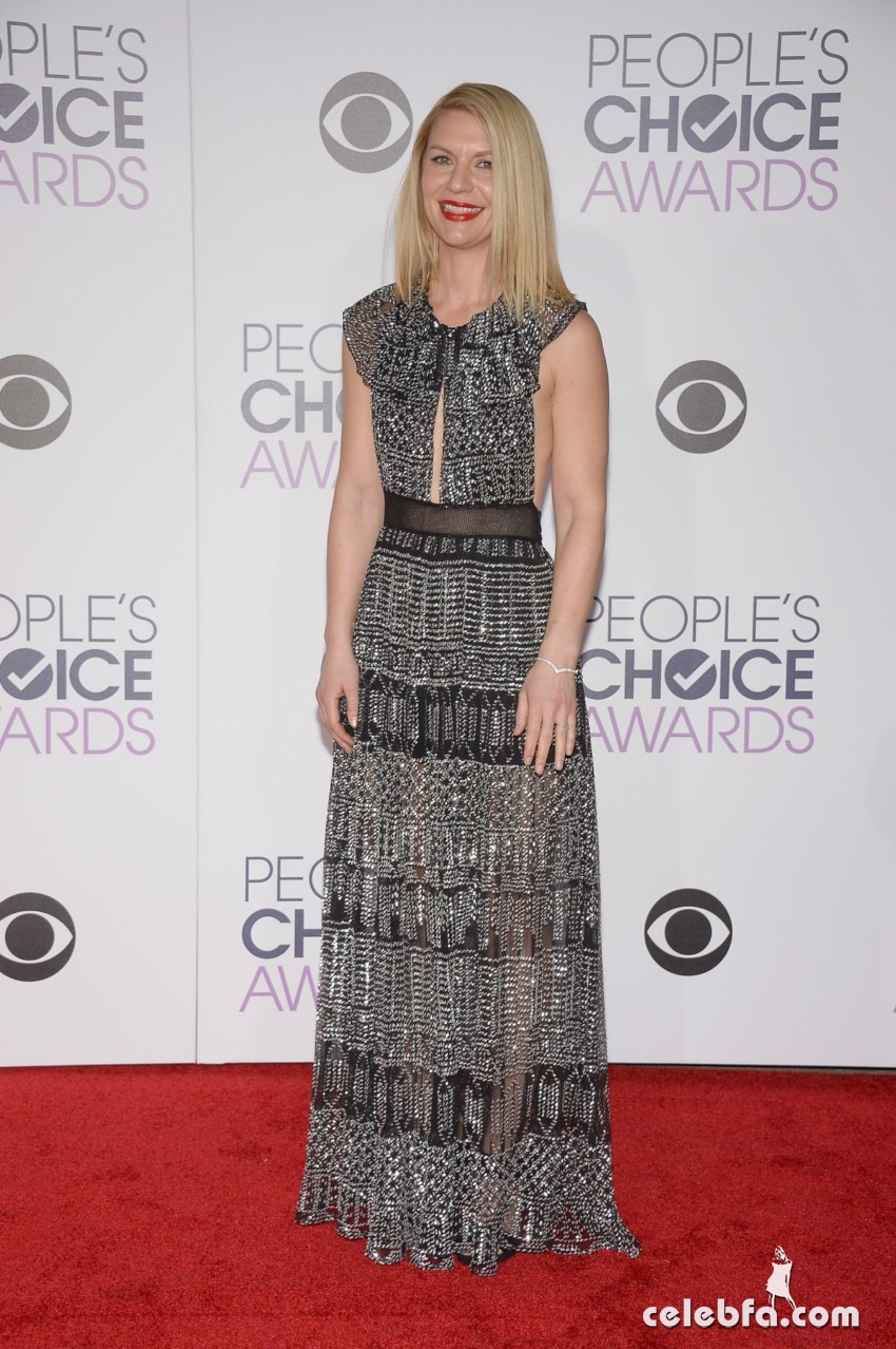 claire-danes-at-2016-people-s-choice-awards-in-los-angeles (3)