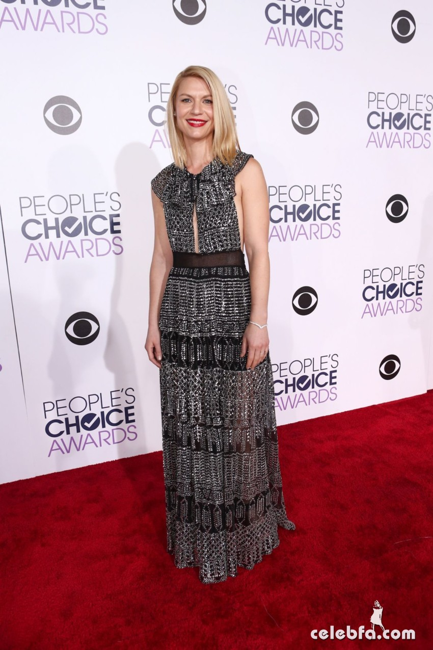 claire-danes-at-2016-people-s-choice-awards-in-los-angeles (4)