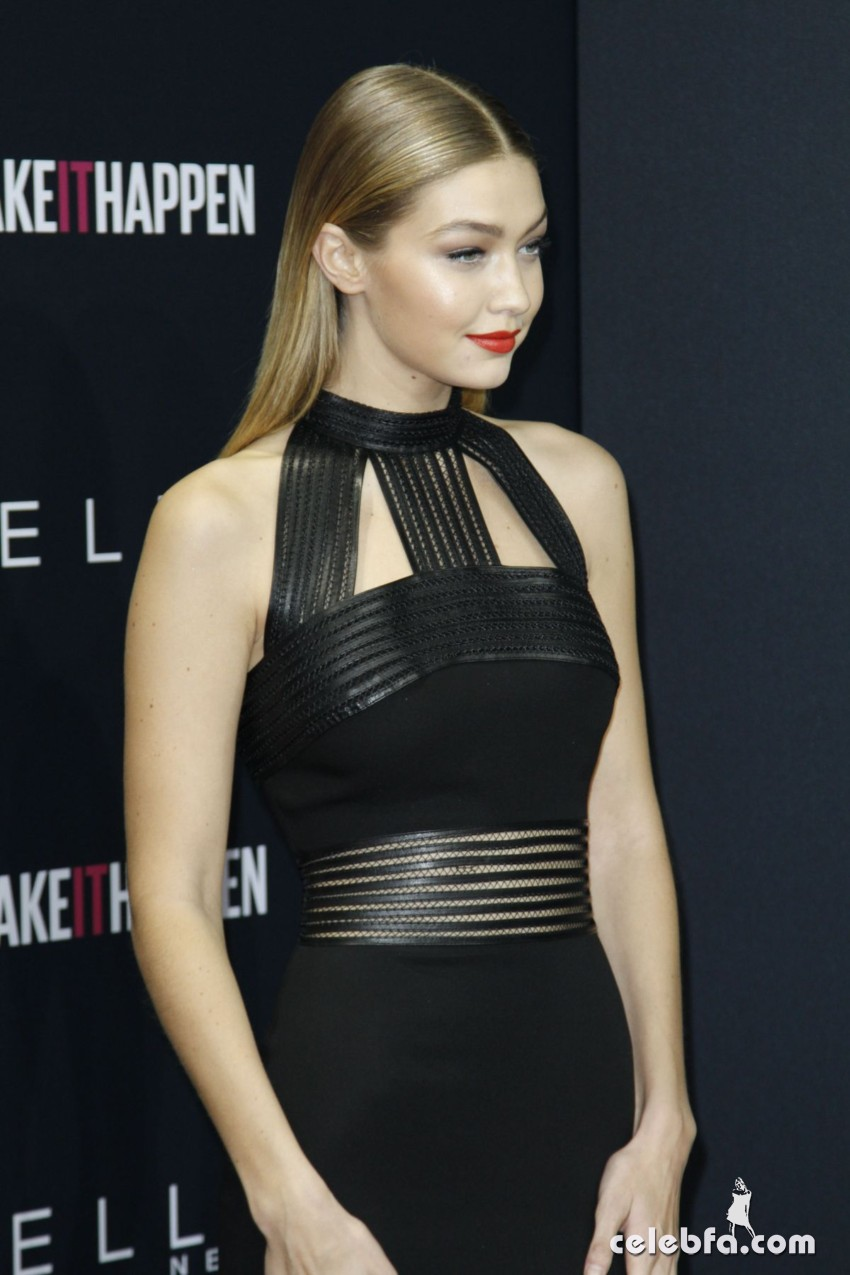 gigi-hadid-at-the-power-of-colors-maybelline-new-york-make-up-runaway-show-in-berlin-01-18-2016_21