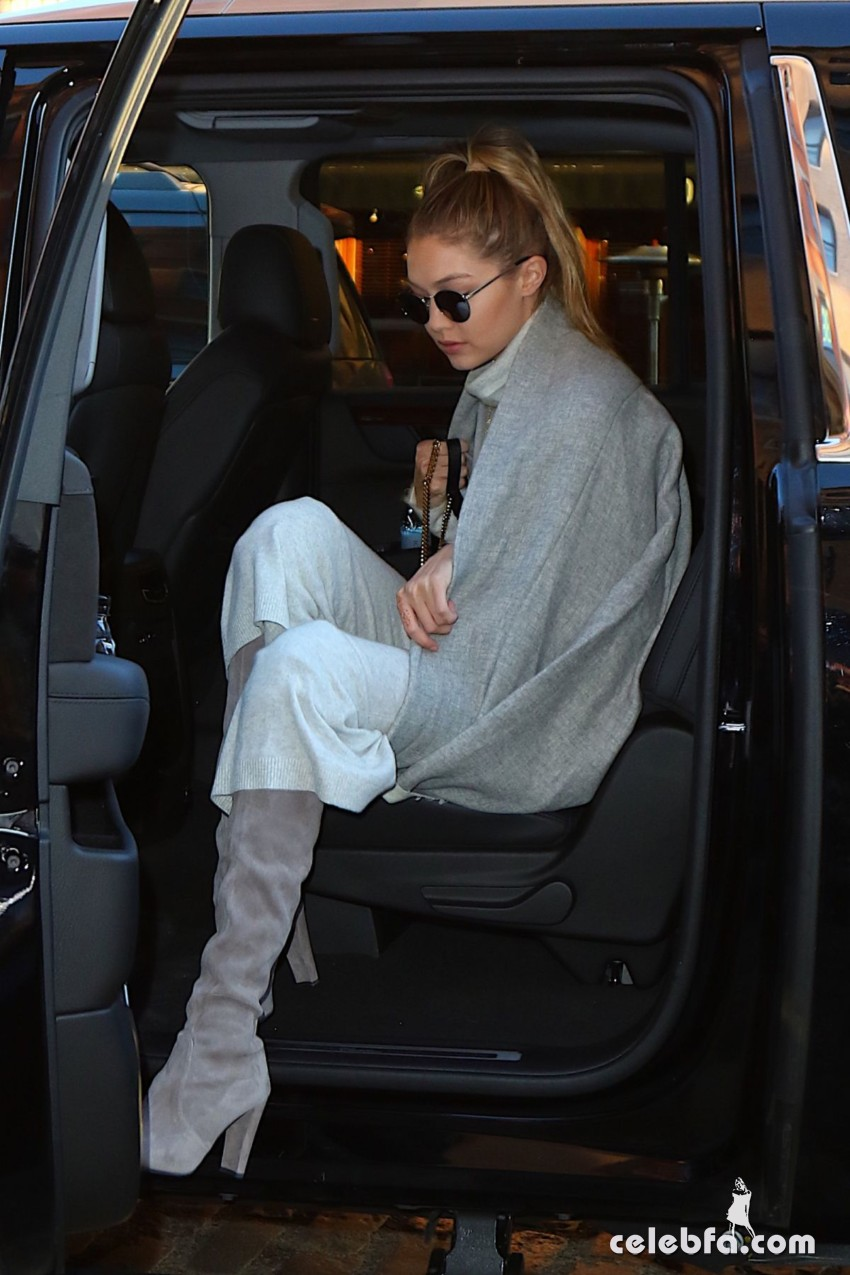gigi-hadid-out-and-about-in-new-york (2)