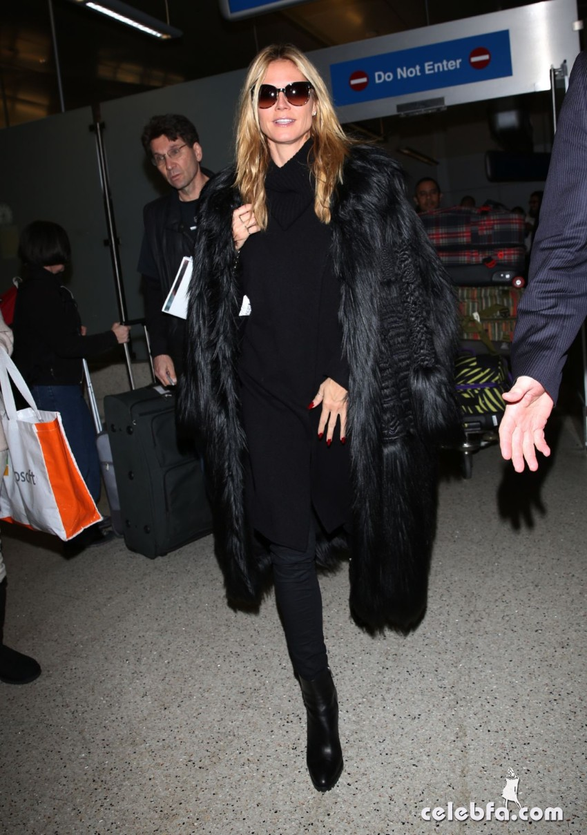 heidi-klum-arrives-at-lax-airport-in-los-angeles-01-05-2016_6