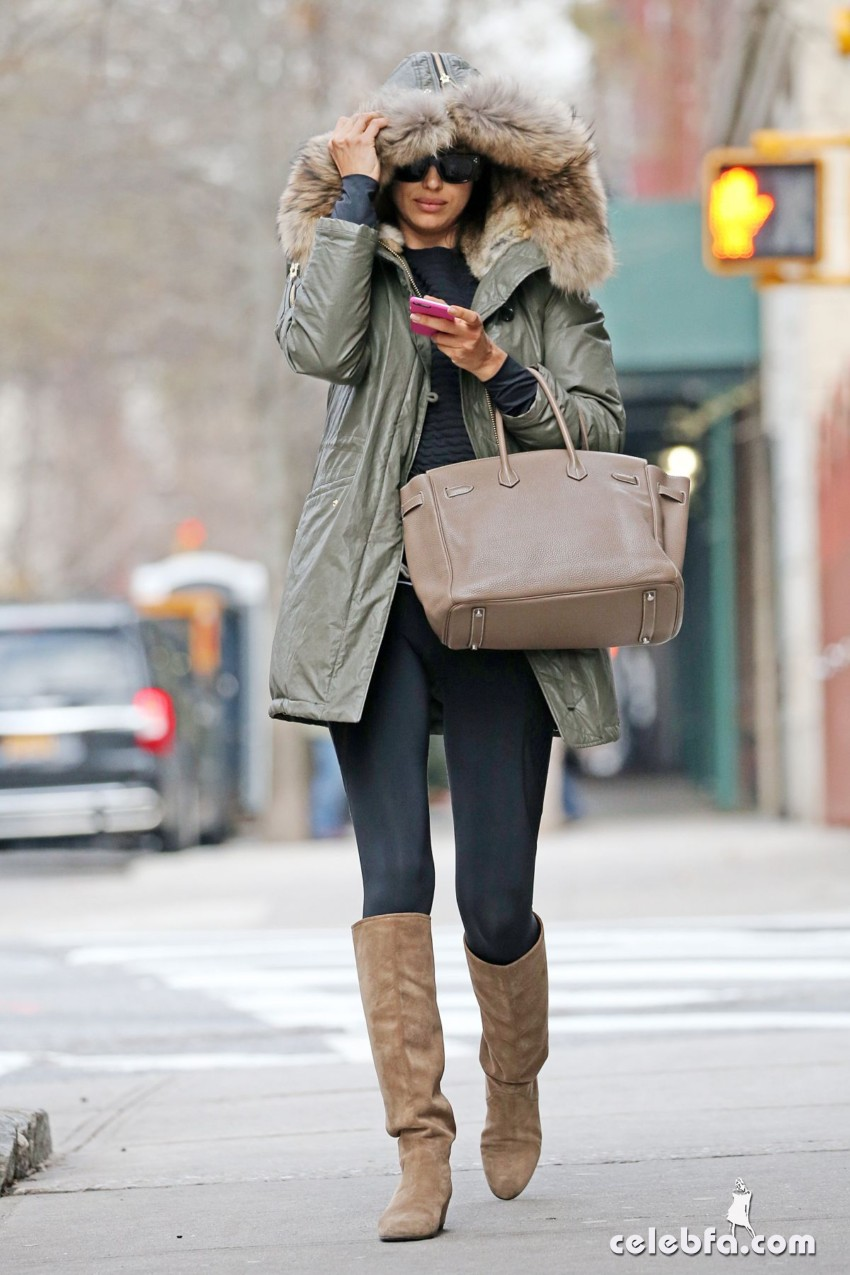 irina-shayk-out-and-about-in-new-york (5)