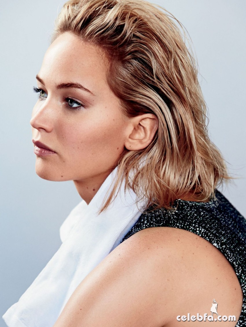 jennifer-lawrence-in-glamour-magazine-january-2016 (4)