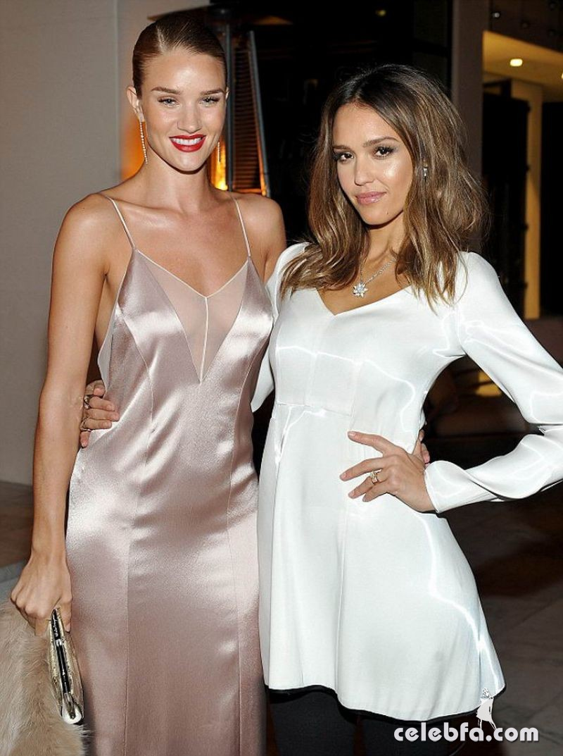 jessica-albaand-rosie-huntington-whiteley-at-galvan-for-opening-ceremony-dinner-in-los-angeles (1)
