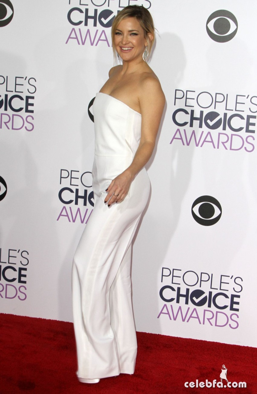 kate-hudson-at-2016-people-s-choice-awards-in-los-angeles-01-06-2016_13