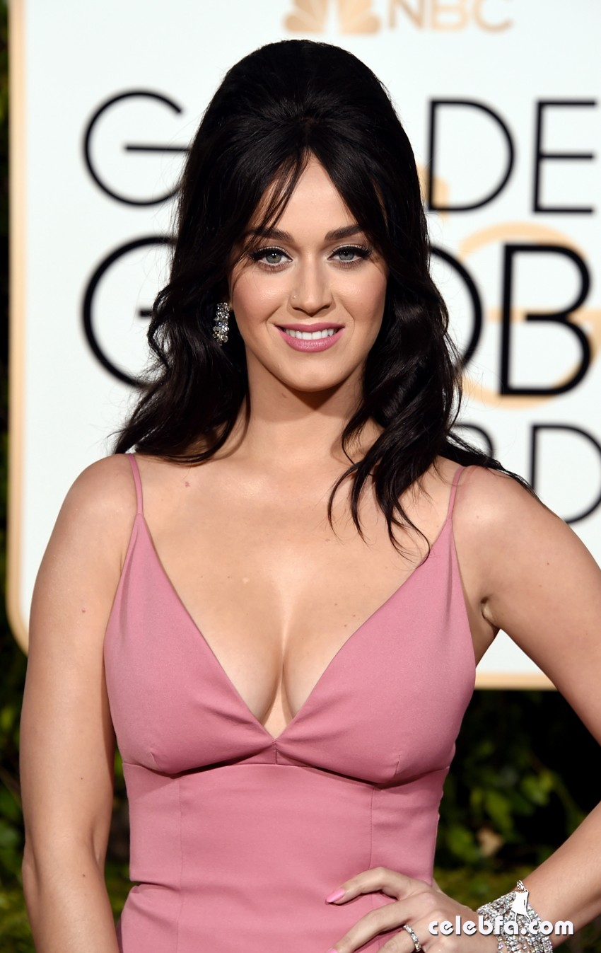 Katy Perry - 73rd Annual Golden Globe Awards (1)