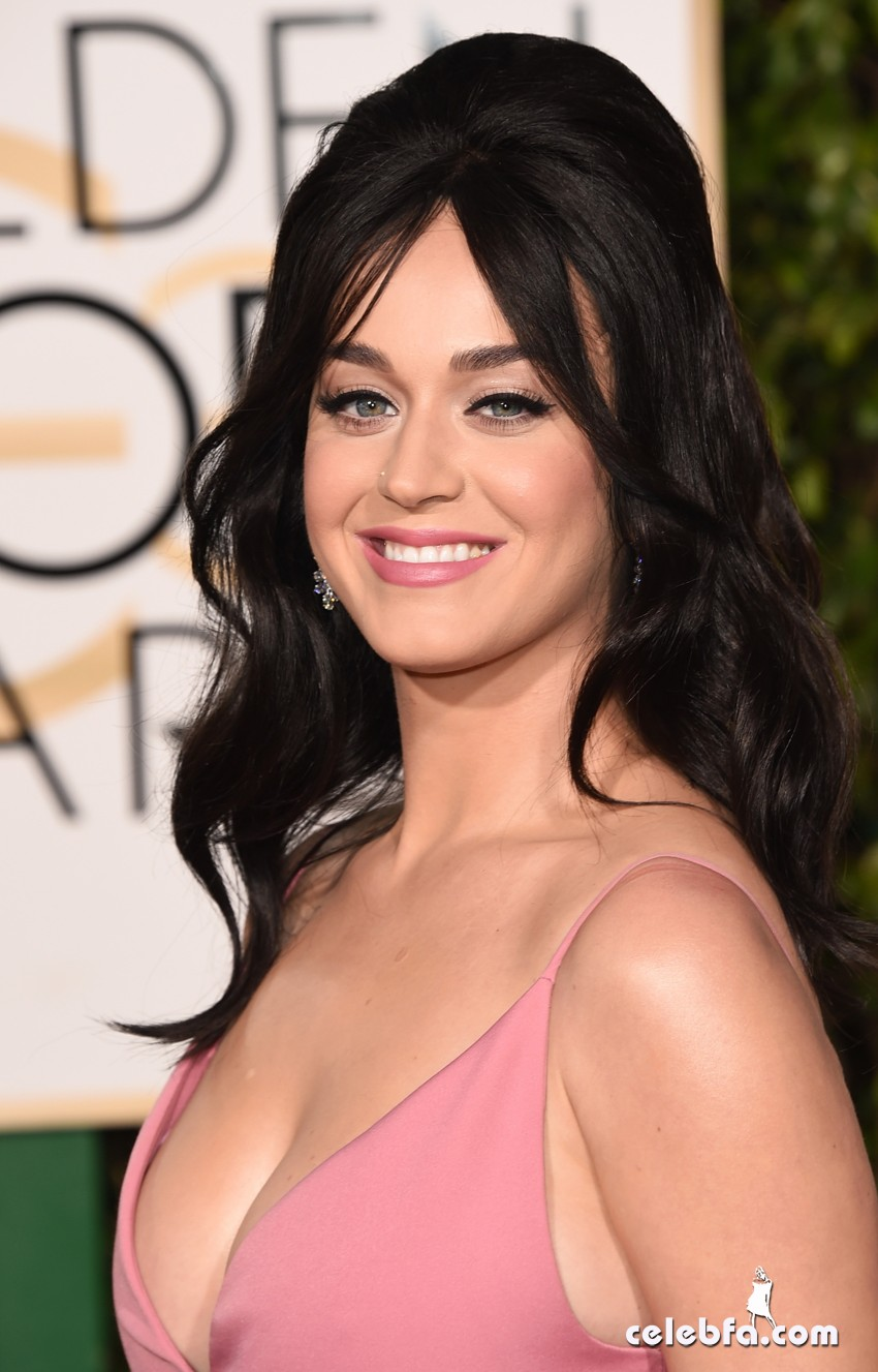 Katy Perry - 73rd Annual Golden Globe Awards (2)