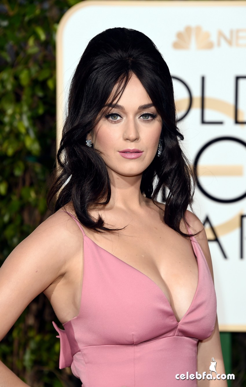 Katy Perry - 73rd Annual Golden Globe Awards (4)