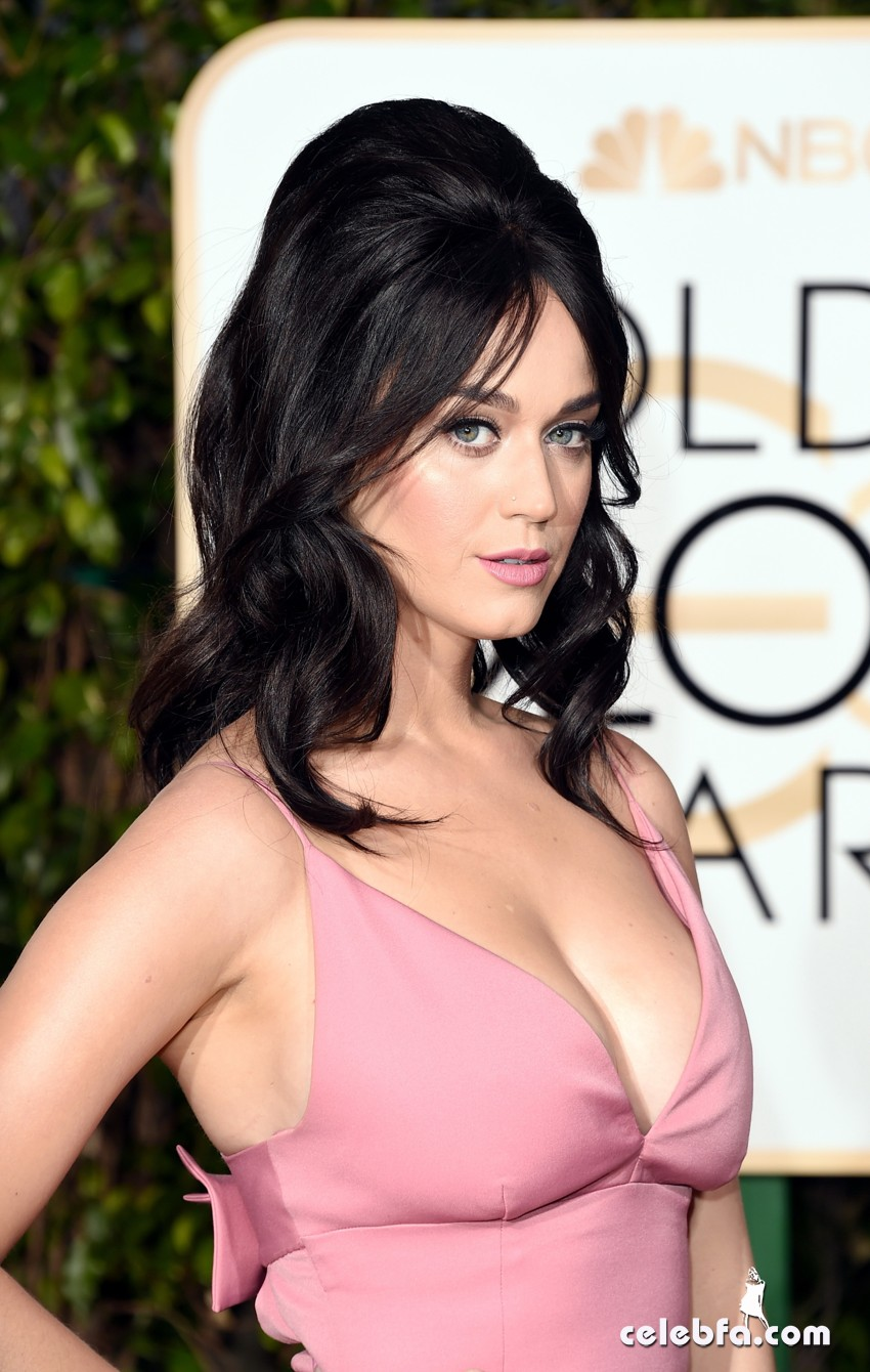 Katy Perry - 73rd Annual Golden Globe Awards (6)