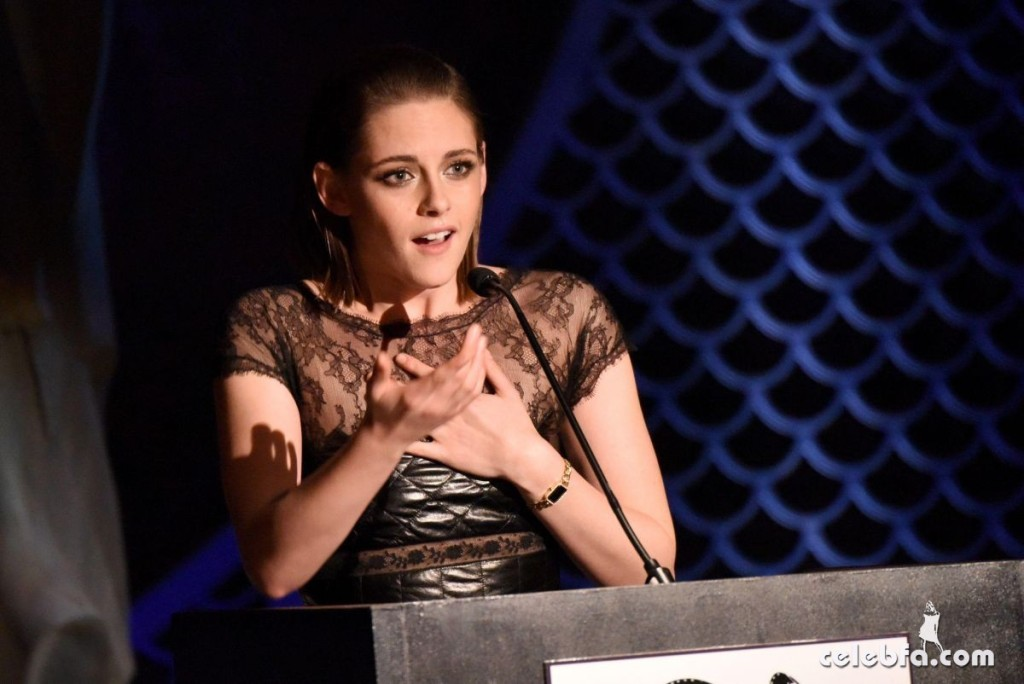 kristen-stewart-at-2015-new-york-film-critics-circle-awards (2)
