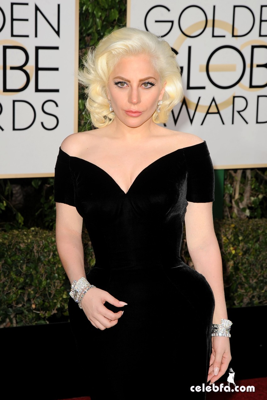 Lady Gaga attends 73rd Annual Golden Globe Awards (1)