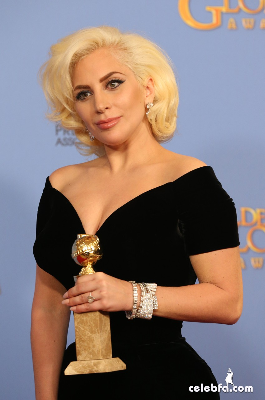 Lady Gaga attends 73rd Annual Golden Globe Awards (2)