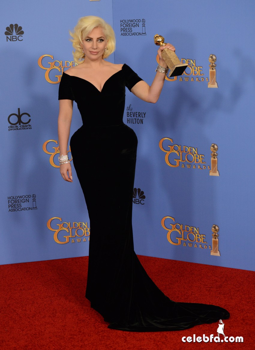 Lady Gaga attends 73rd Annual Golden Globe Awards (3)