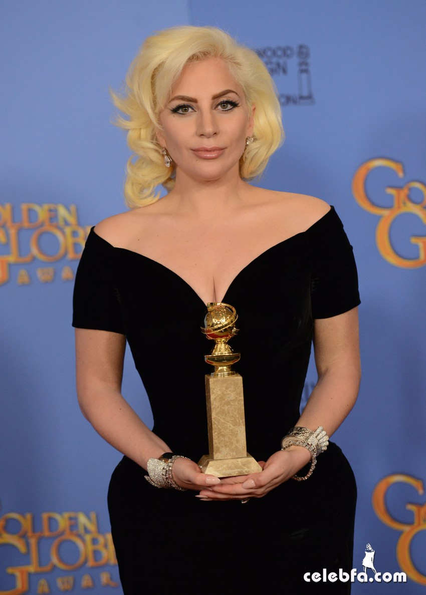 Lady Gaga attends 73rd Annual Golden Globe Awards (4)