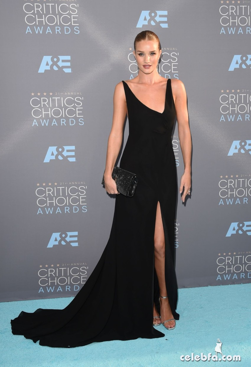 rosie-huntington-whiteley-at-critics-s-choice-awards-2016 (1)