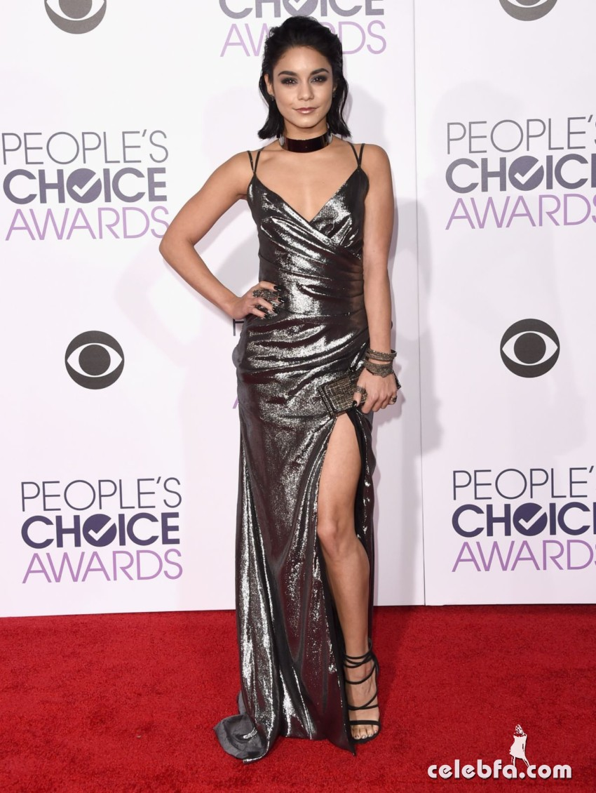 vanessa-hudgens-at-2016-people-s-choice-awards-in-los-angeles (1)