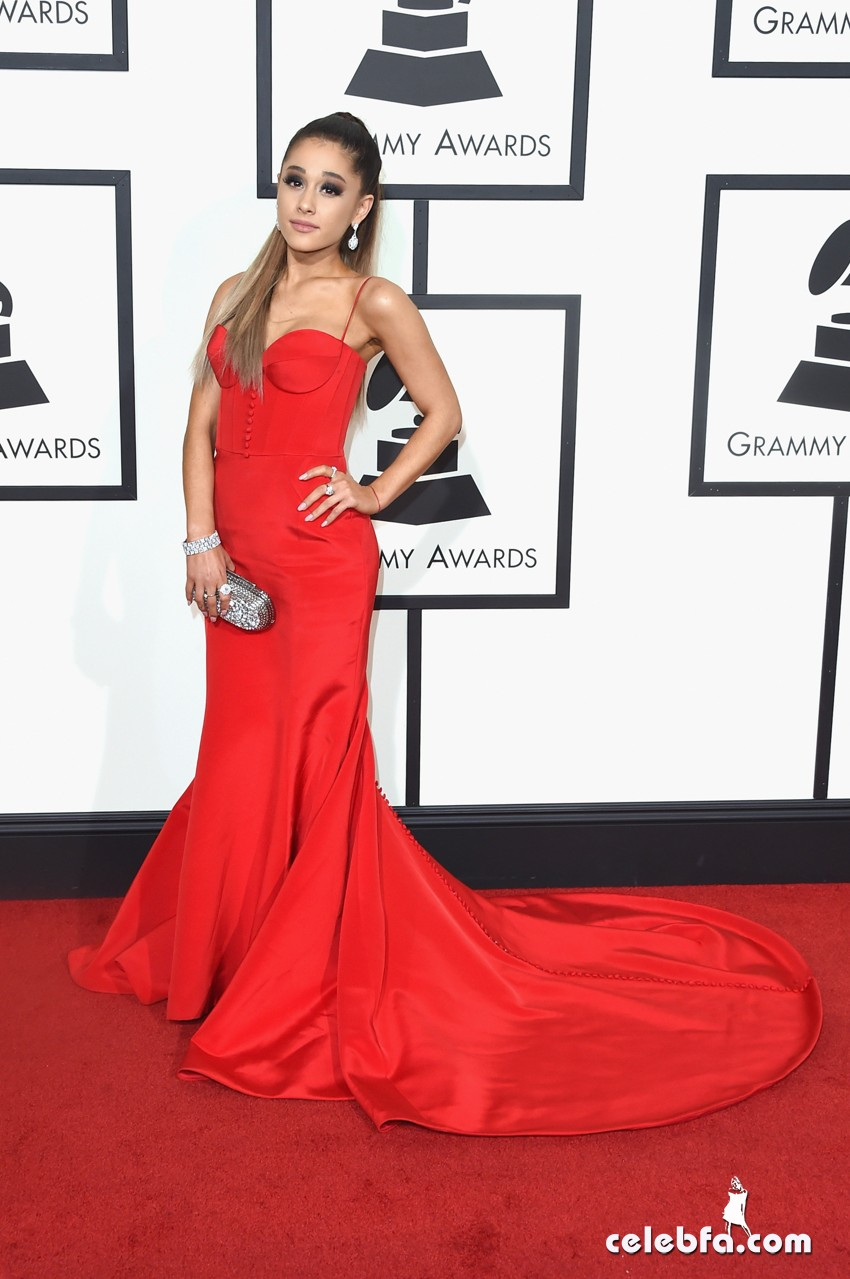 Ariana Grande - The 58th GRAMMY Awards (5)