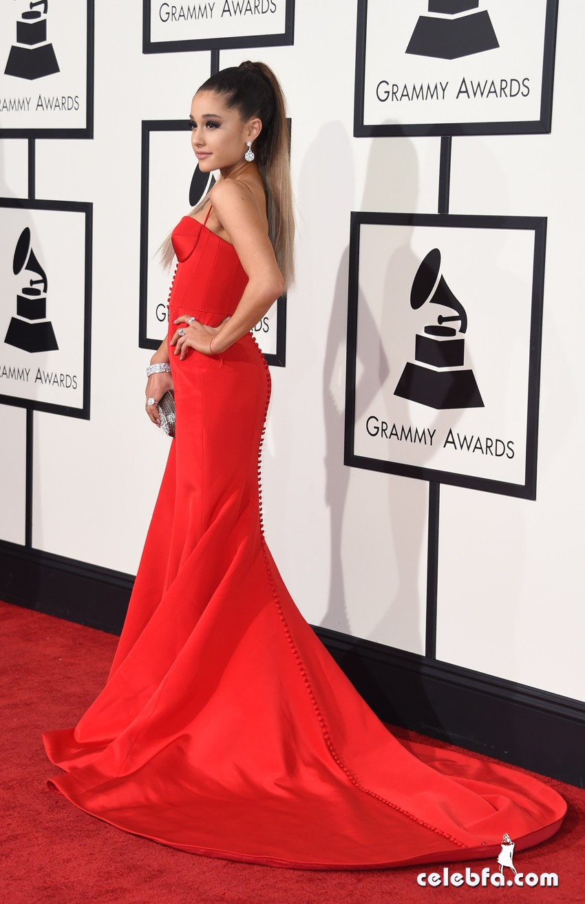 Ariana Grande - The 58th GRAMMY Awards (6)