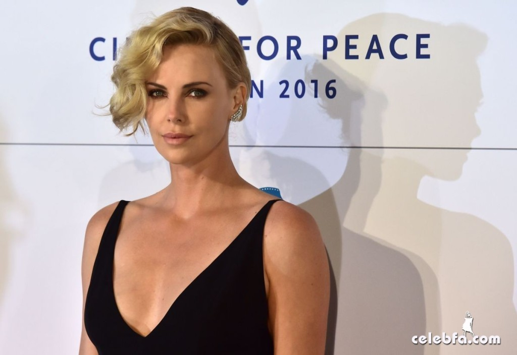 charlize-theron-at-cinema-for-peace-at-konzerthaus-in-berlin-02-15-2016_2