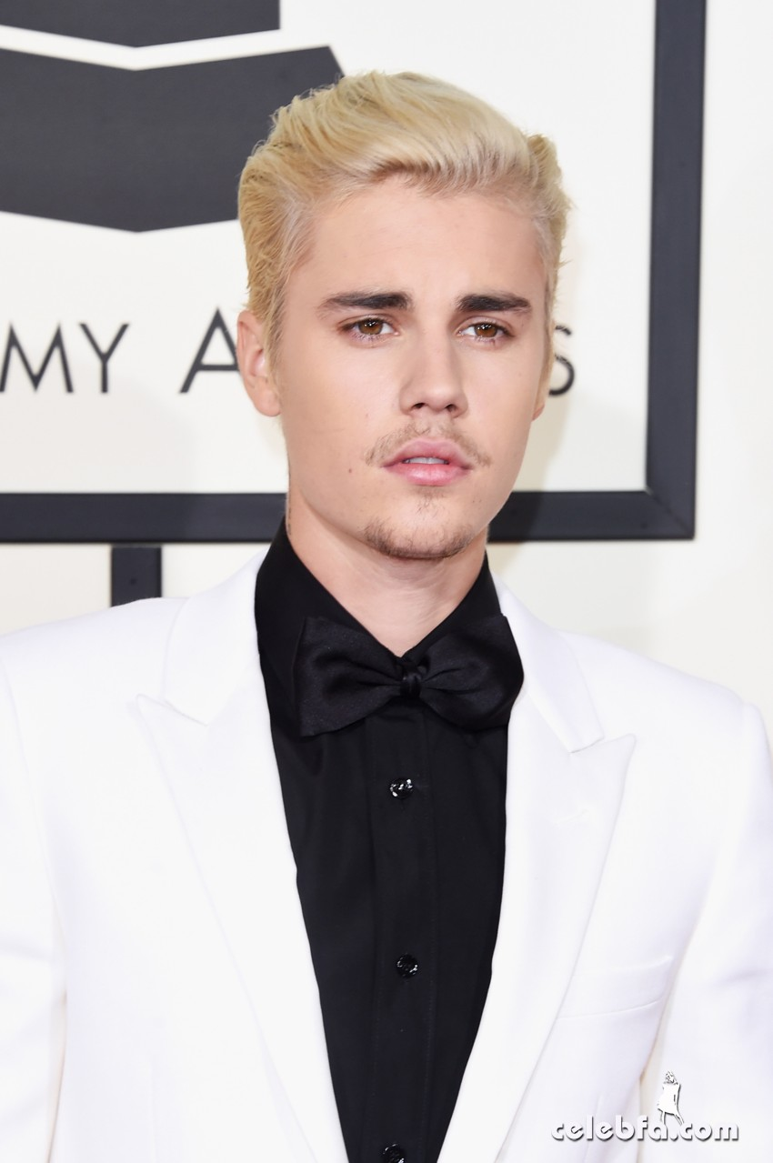 Justin Bieber - The 58th GRAMMY Awards (4)