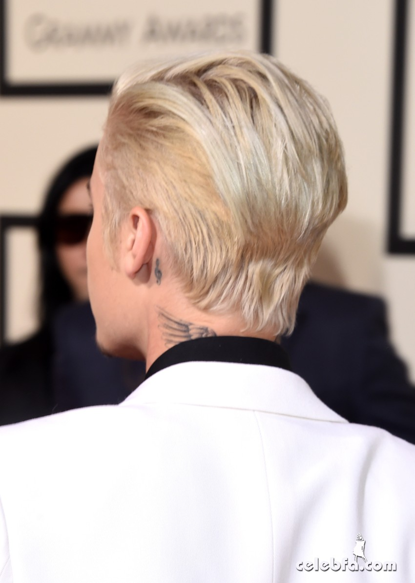 Justin Bieber - The 58th GRAMMY Awards (5)