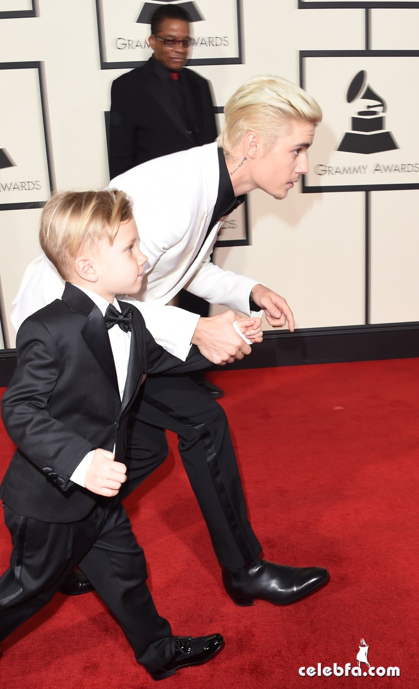 Justin Bieber - The 58th GRAMMY Awards (6)