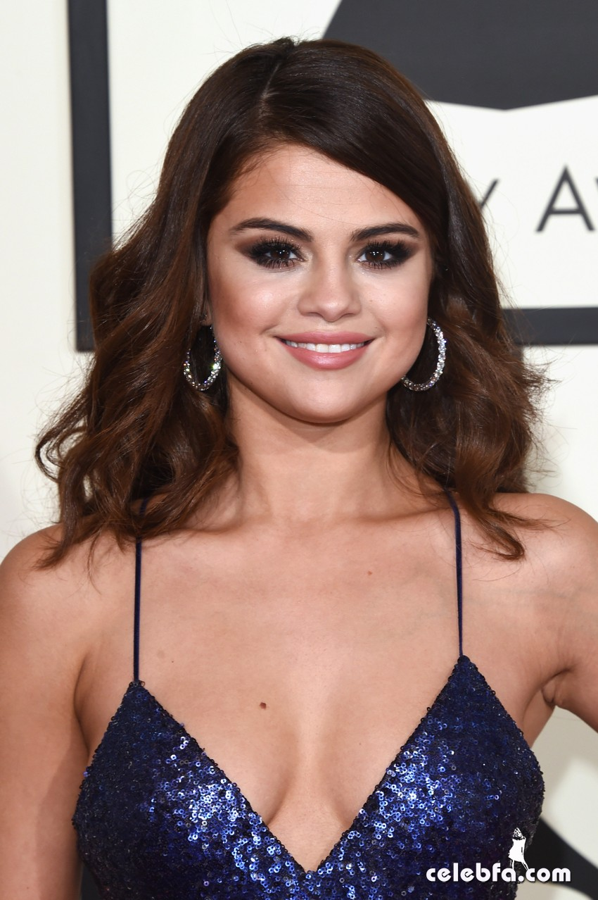 Selena Gomez - The 58th Annual GRAMMY Awards (1)