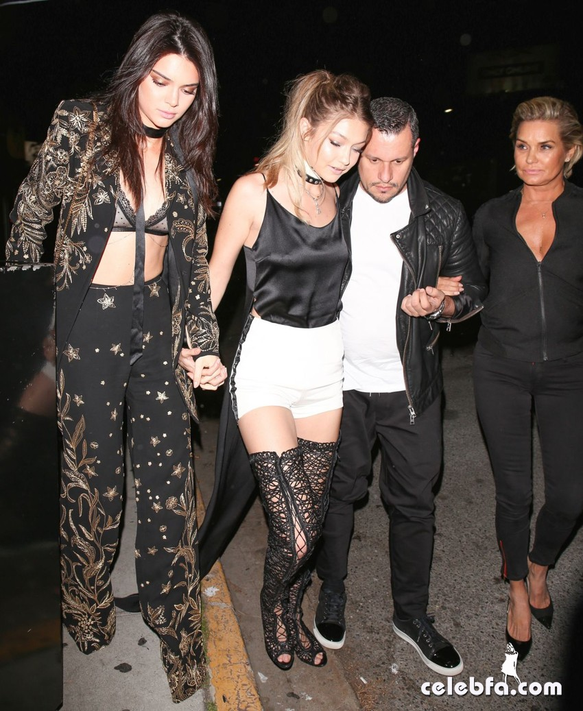 kendall-jenner-and-gigi-hadid-at-gigi-hadid-s-21st-birthday-party-in-west-hollywood (1)