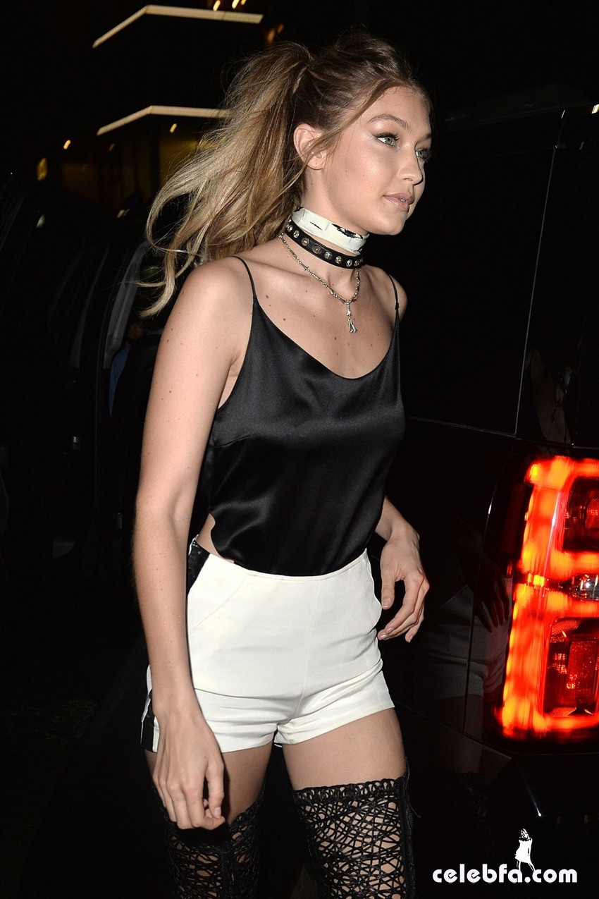 kendall-jenner-and-gigi-hadid-at-gigi-hadid-s-21st-birthday-party-in-west-hollywood (9)