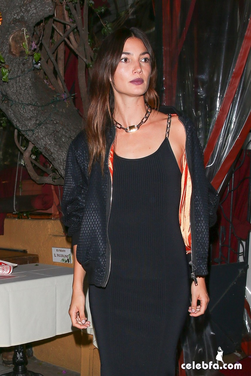 lily-aldridge-at-gigi-hadid-s-21st-birthday-party-in-west-hollywood (4)