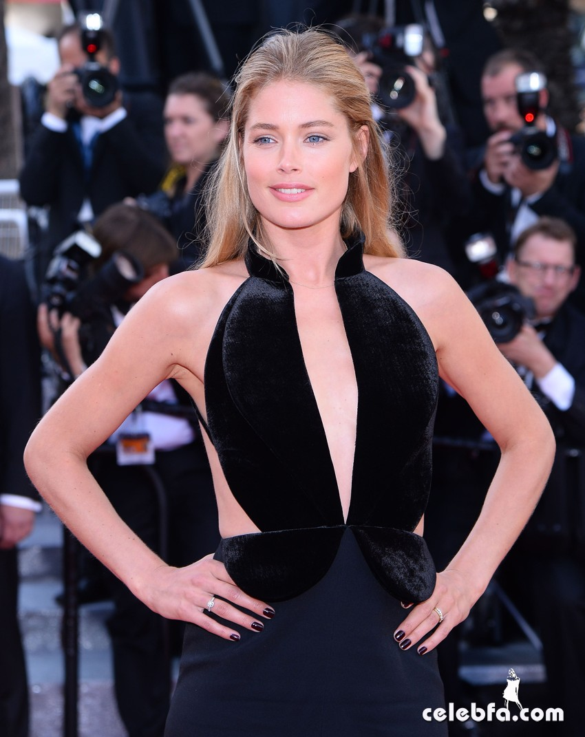 Doutzen Kroes, Jessica Chastain and Justin Timberlake attend to opening ceremony for the 69th Film Festival in Cannes, France Pictured: Doutzen Kroes Ref: SPL1280128  110516   Picture by: Splash News Splash News and Pictures Los Angeles:310-821-2666 New York:	212-619-2666 London:	870-934-2666 photodesk@splashnews.com