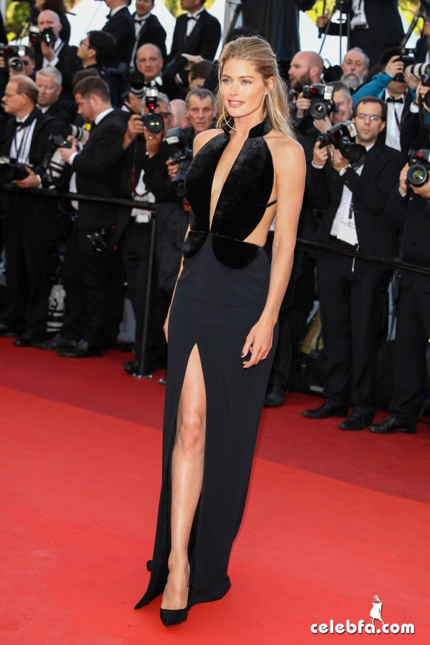 11 May 2016. Doutzen Kroes attends the 'Cafe Society' premiere and the Opening Night Gala during the 69th annual Cannes Film Festival at the Palais des Festivals on May 11, 2016 in Cannes, France Credit: GoffPhotos.com   Ref: KGC-149/37058 **UK Sales Only**