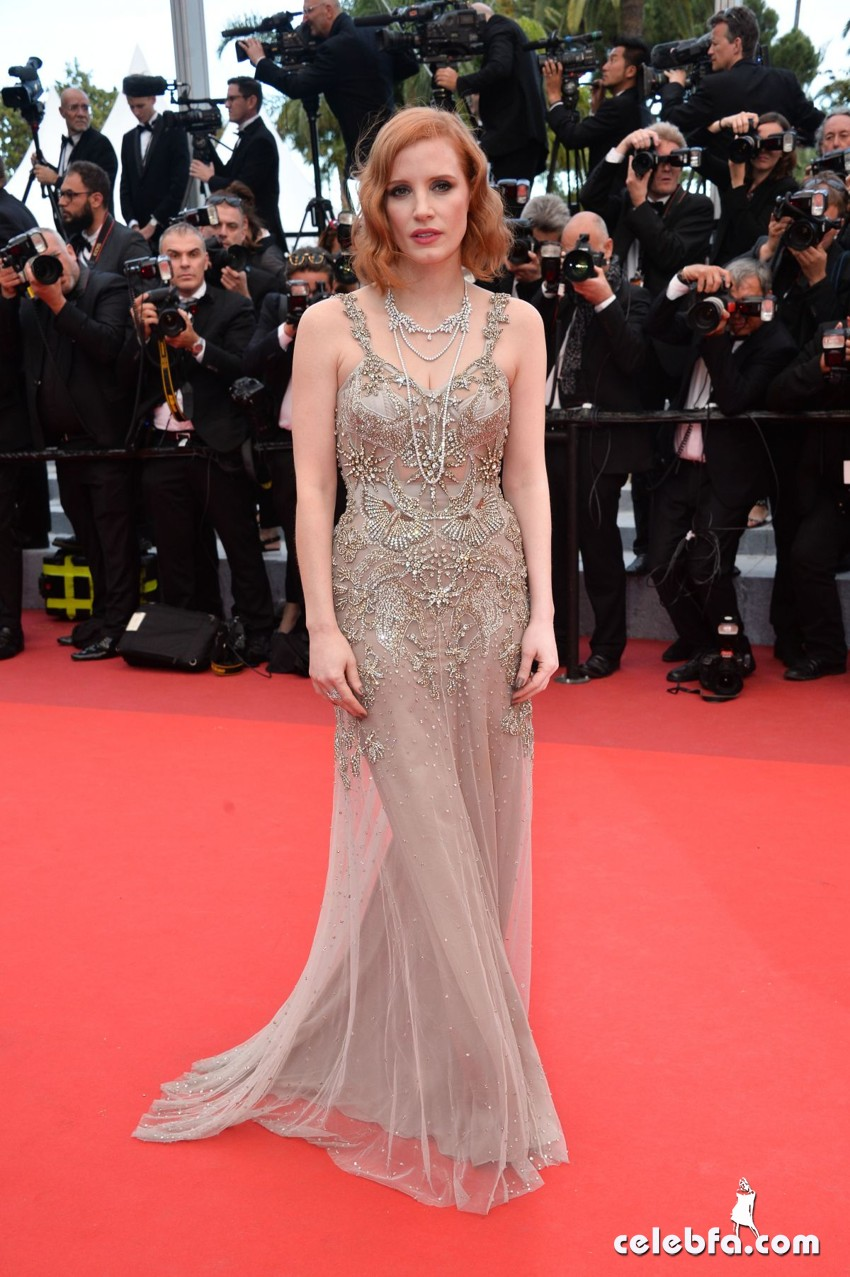 jessica-chastain-at-premiere-at-69th-annual-cannes-film-festival (3)
