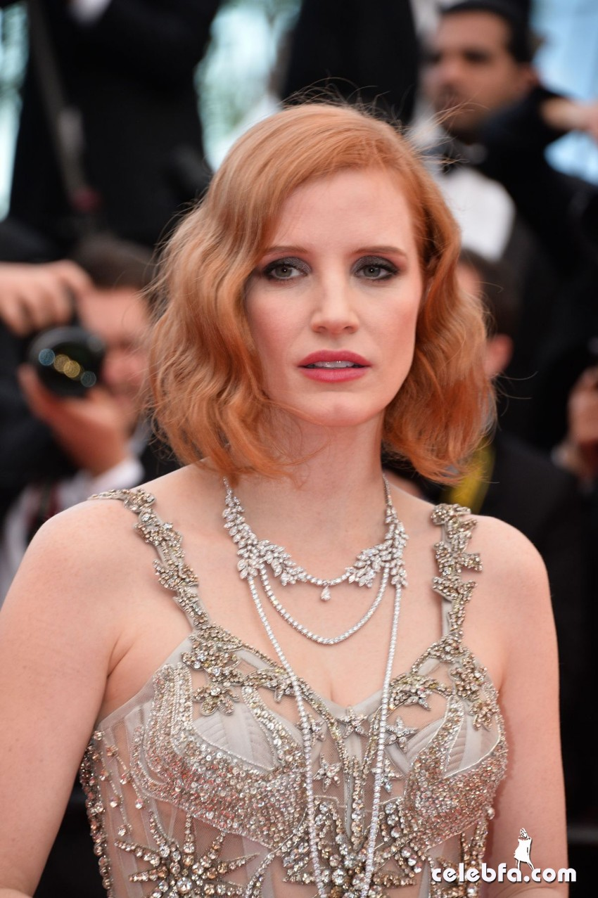 jessica-chastain-at-premiere-at-69th-annual-cannes-film-festival (4)