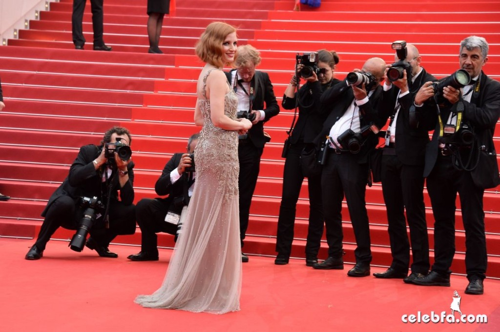jessica-chastain-at-premiere-at-69th-annual-cannes-film-festival (5)