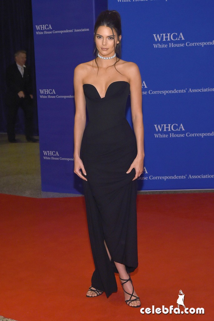 Kendall_Jenner_White_House_Correspondents (13)
